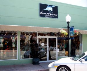 Joseph Lynn Decor Gallery